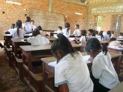 過去に建設した子ども達の学び舎。