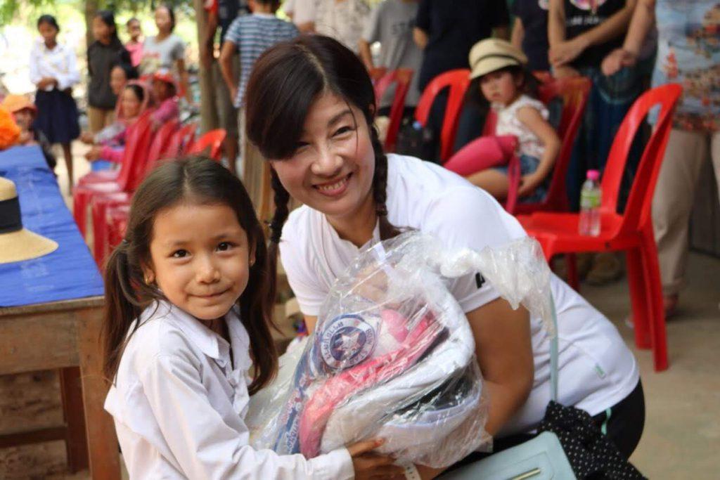 カンボジアのわが子のパパとママになりませんか