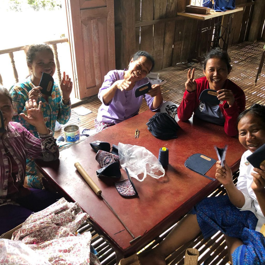 プレイクラン村の縫製チーム